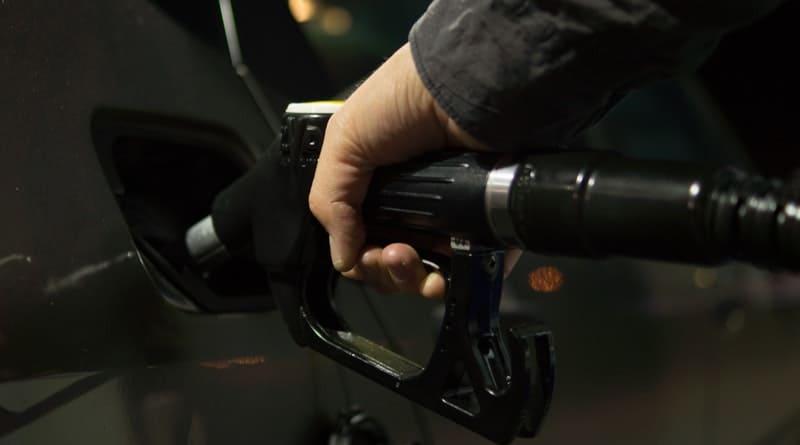 10 Tips for Saving Gas